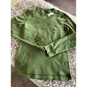 Banana Republic Shirts - NWT Banana Republic Green Thermal Top Size Small